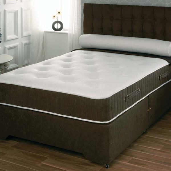 Mattress and base 5ft King size €499